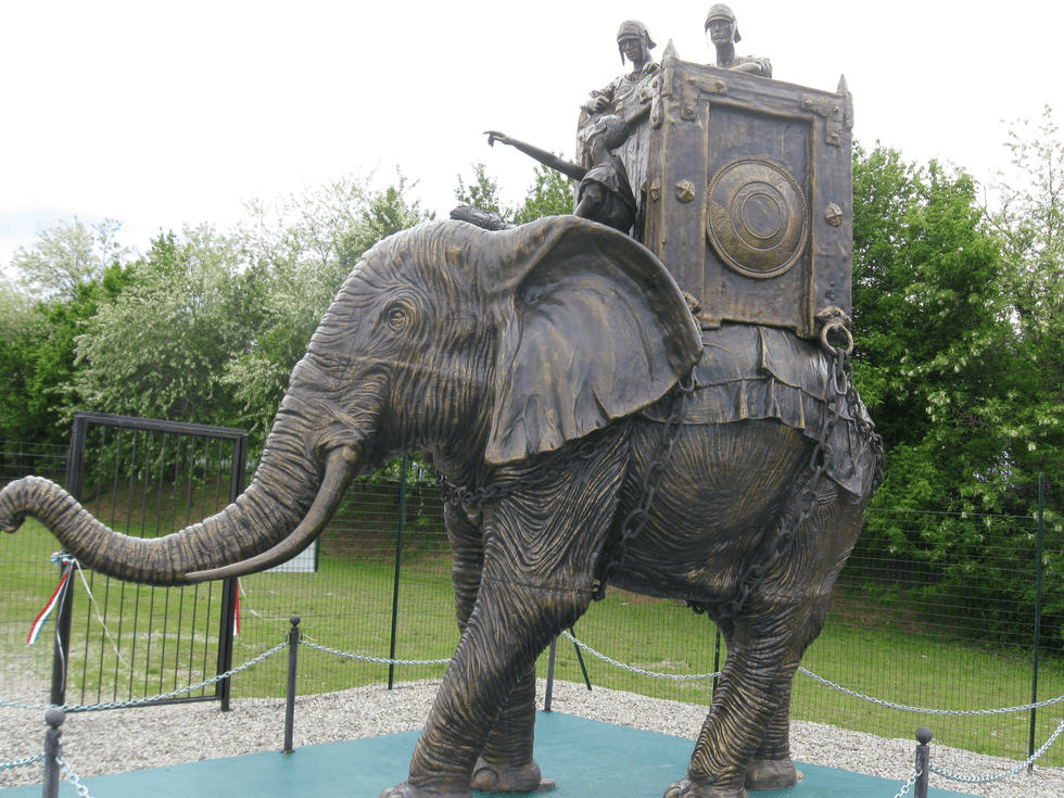 Monumento a la batalla de Trebia en sitio donde tuvo lugar la batalla